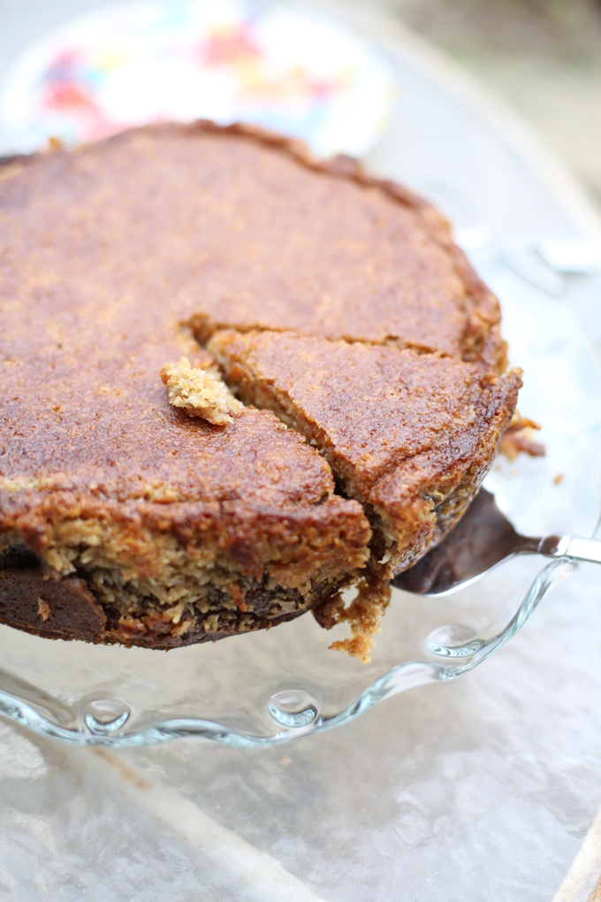 Oatmeal Coconut Breakfast Cake