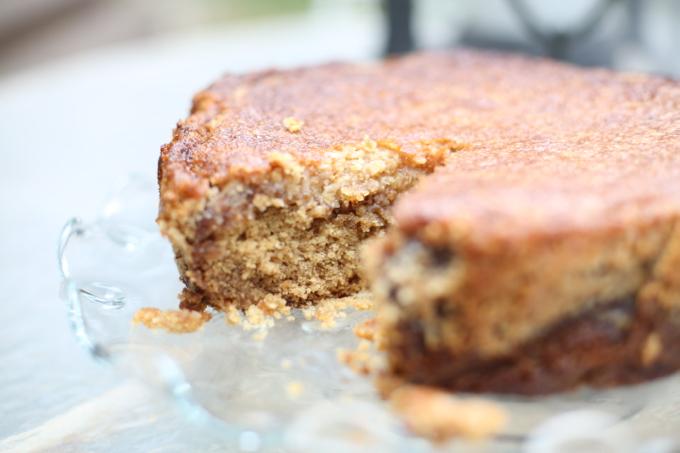 Oatmeal Coconut Breakfast Cake