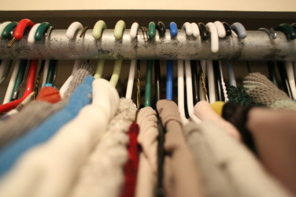 Tame the Clothing Clutter with this simple trick!